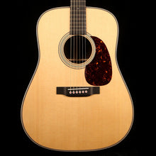 Martin D-28 Modern Deluxe Acoustic Gloss Natural