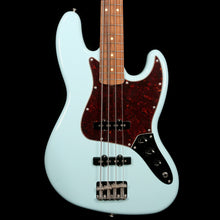 Fender Vintera '60s Jazz Bass Daphne Blue