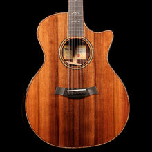 Taylor 914ce Grand Auditorium LTD Sinker Redwood and Rosewood