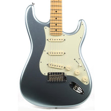 Fender American Deluxe Stratocaster Plus Mystic Ice Blue 2013
