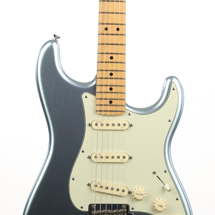 Fender American Deluxe Stratocaster Plus Mystic Ice Blue 2013 US13094911