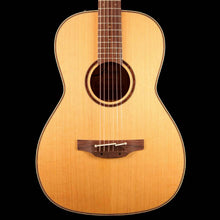 Takamine CP400NYK Acoustic-Electric Natural