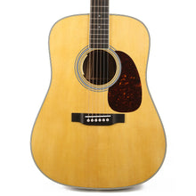 Martin D-35E Dreadnought Acoustic-Electric Natural