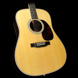 Martin D-35 Dreadnought Acoustic Guitar Natural