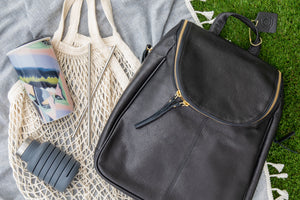 Keeping a Plastic-Free Handbag