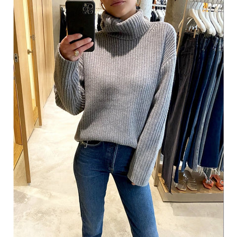 NILI LOTAN LAYLA CASHMERE TURTLENECK SWEATER IN GREY