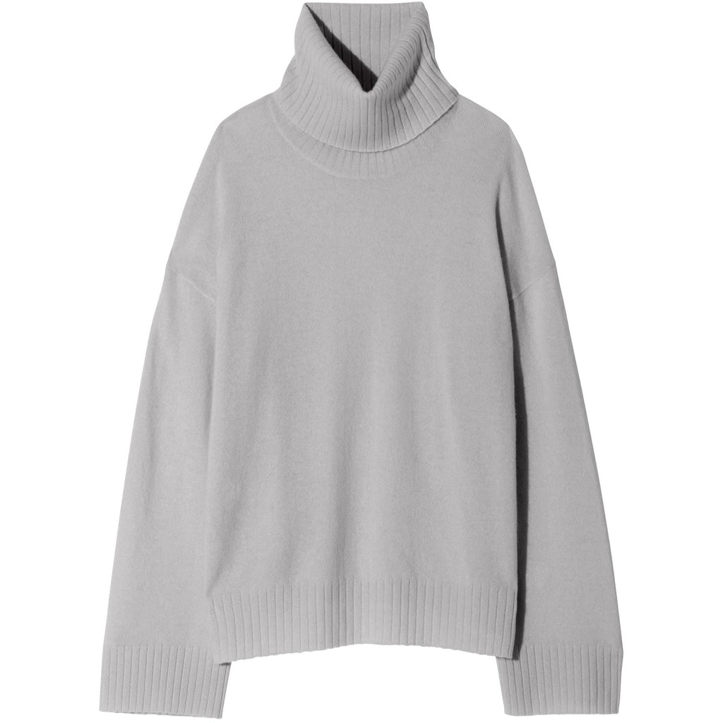 NILI LOTAN BOYFRIEND TURTLENECK SWEATER IN SMOKEY GREY