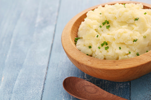 "Low-Calorie, Creamy Cauliflower ""Mashed Potatoes"" Recipe"