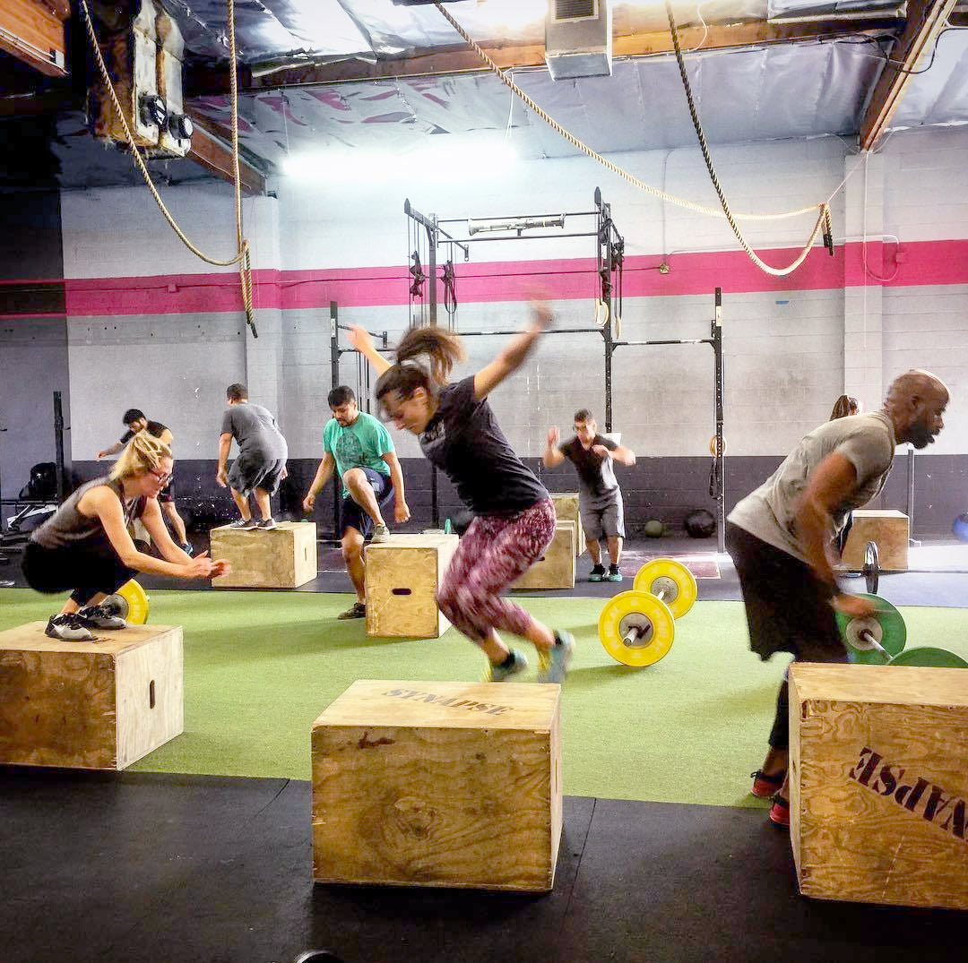 crossfit workout plyometric box