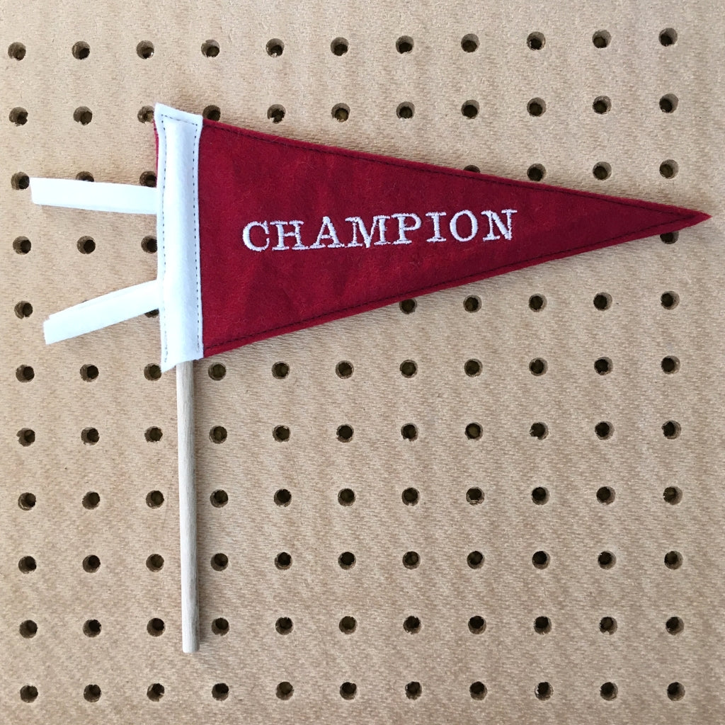 'Champion' Mini Pennnat Flag
