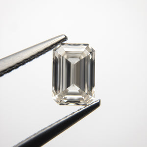 1.06ct 6.94x4.77x3.01mm VS2 Champagne Emerald Step Cut 18535-01
