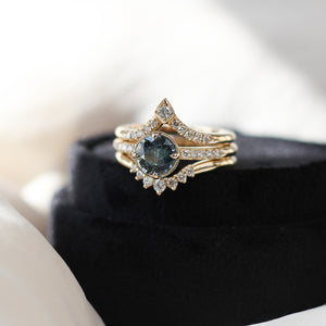 1.27ct Around The World Sapphire Ring In Yellow Gold - Ready To Ship - Yuliya Chorna Jewellery