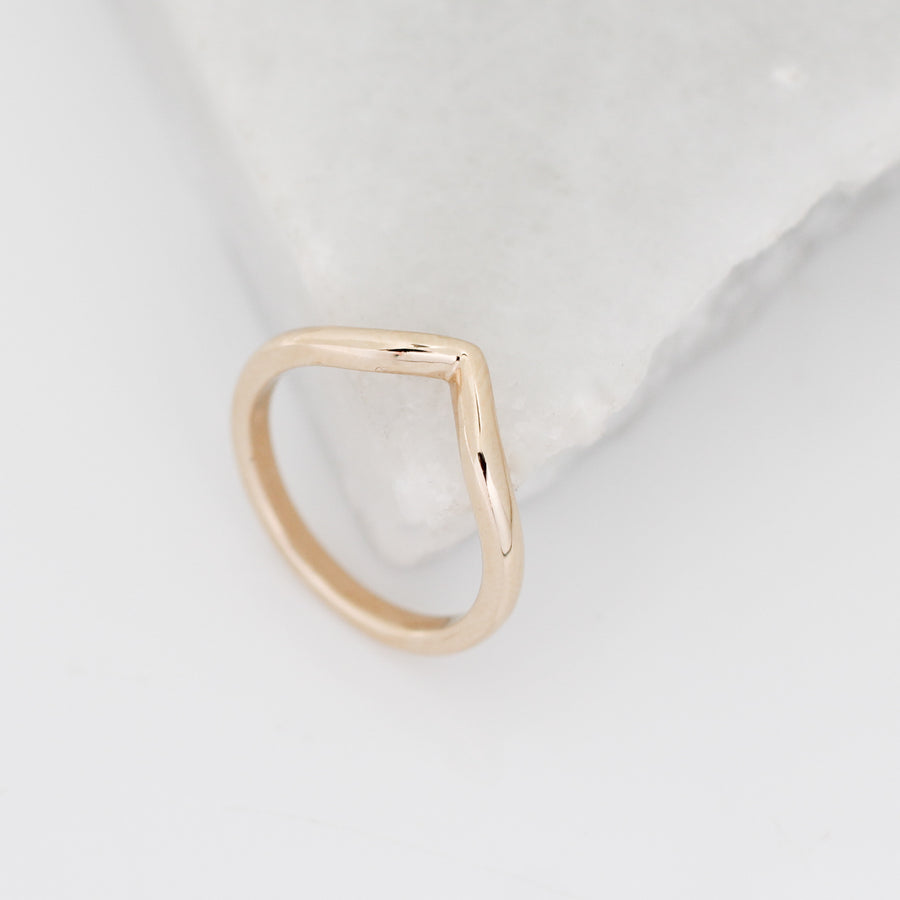 Simple Point Band in Yellow Gold - ready to ship - Yuliya Chorna Jewellery
