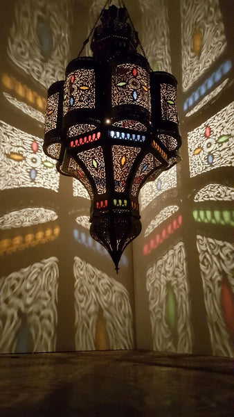 Moroccan lamps &  interior lighting are much vibrant than any other theme
