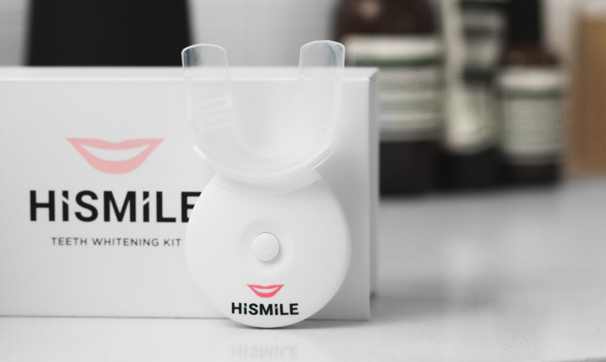 Our Home Teeth Whitening Kit rounds out the ultimate home whitening routine!