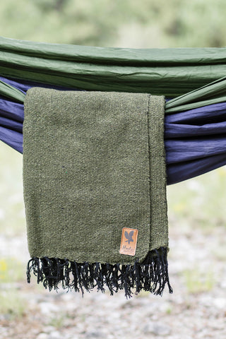 Adventure Blanket Solid - OLIVE