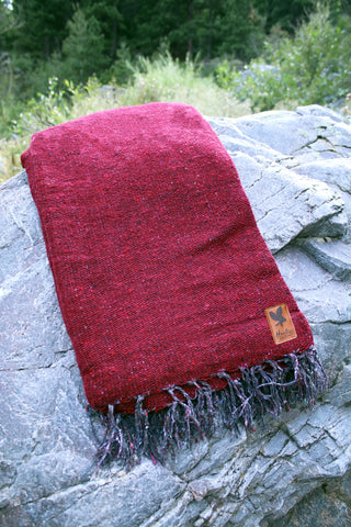 Adventure Blanket Solid - Maroon