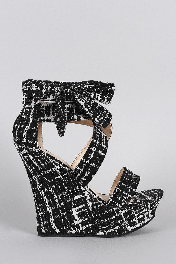 'Beauty and Bows' Wedge Sandals