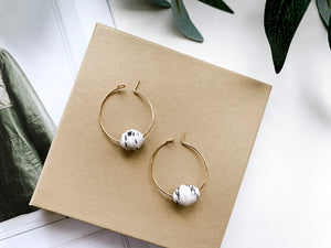 "Emma 1"" Hoop Earrings (Speckled White)"