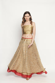 Gold fully embroidered flared skirt. - Ira Soleil