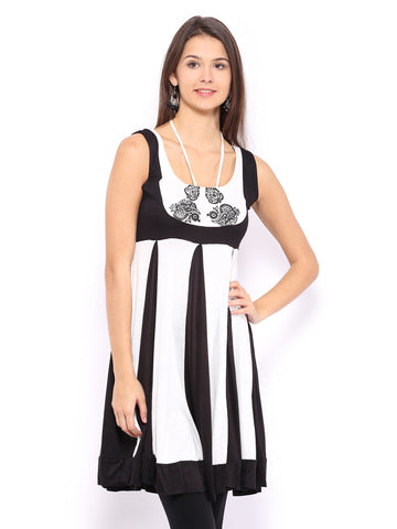 Ira Soleil Black & White Panelled Printed Viscose Knitted Stretchable Sleeveless Women's Short Anarkali Kurti