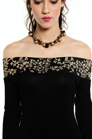 A set of off shoulder printed top and jewellery - Ira Soleil