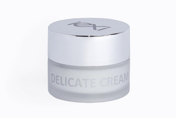 Delicate Leather Cream – Smooth Lotion for Fine Articles by Iexi Italy - ValentinoGaremi