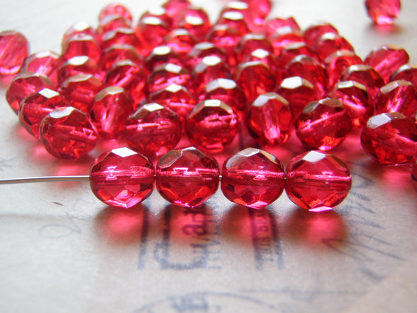 Glass Beads 8mm Faceted Round Cranberry Red or Fuchsia Czech Glass 20 Beads