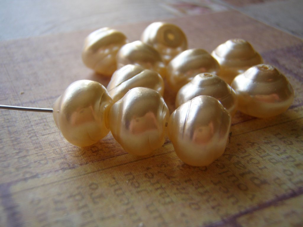 Pearl Beads Baroque Snail Czech Glass Pearls 12 mm 4 Colors Available 5 Beads