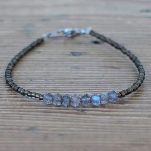 Imogen bracelet with labradorite - exclusive