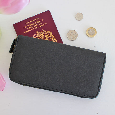 Zip-around eco purse in black