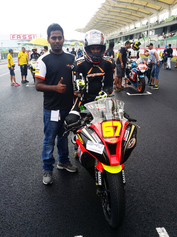 Rajini Krishnan on the starting grid