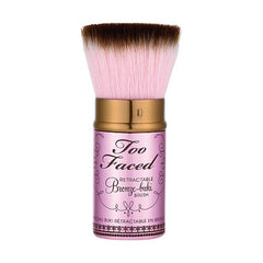 Too Faced Retractable Kubuki Brush - Look Incredible