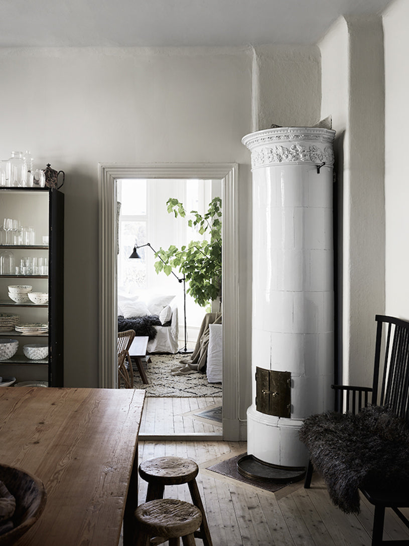 Home inspiration gorgeous textures in swedish villa for Interior designers hampshire
