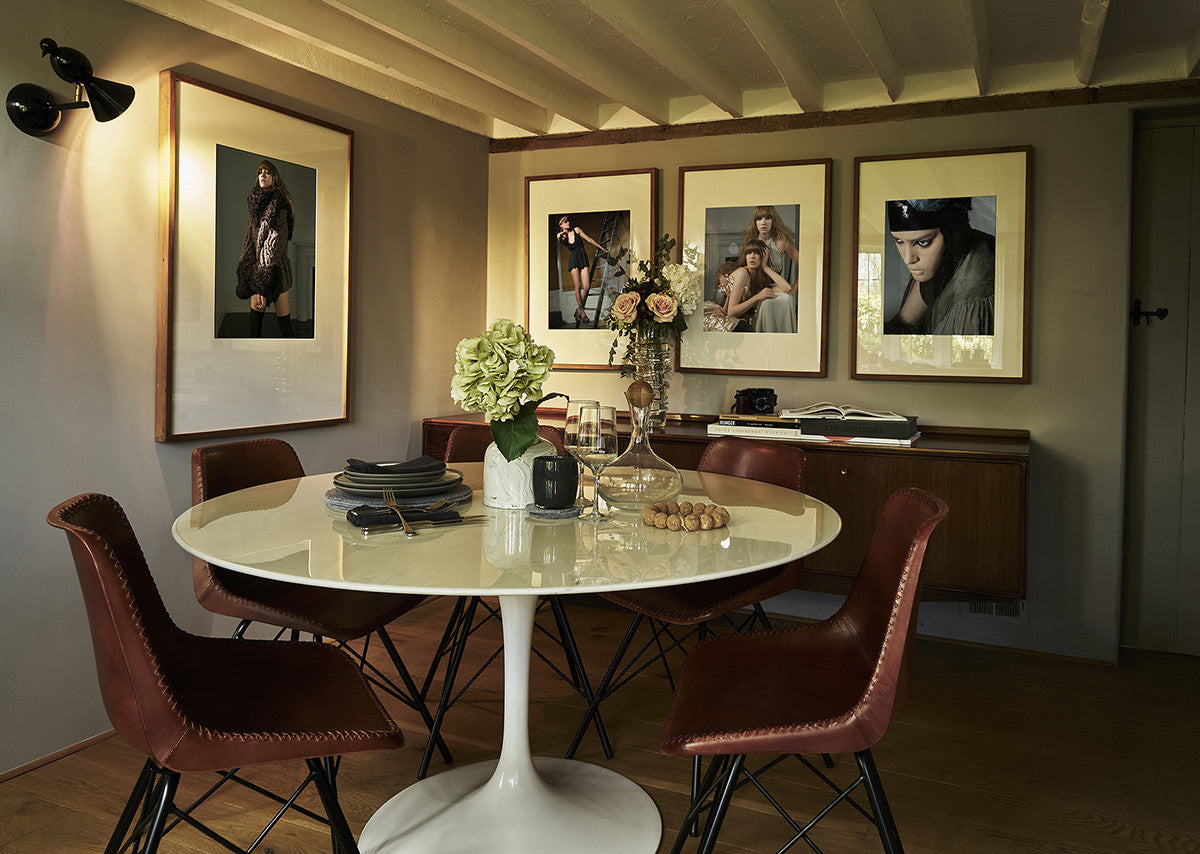 Thatched cottage dining room fawn interior design for Interior designers hampshire