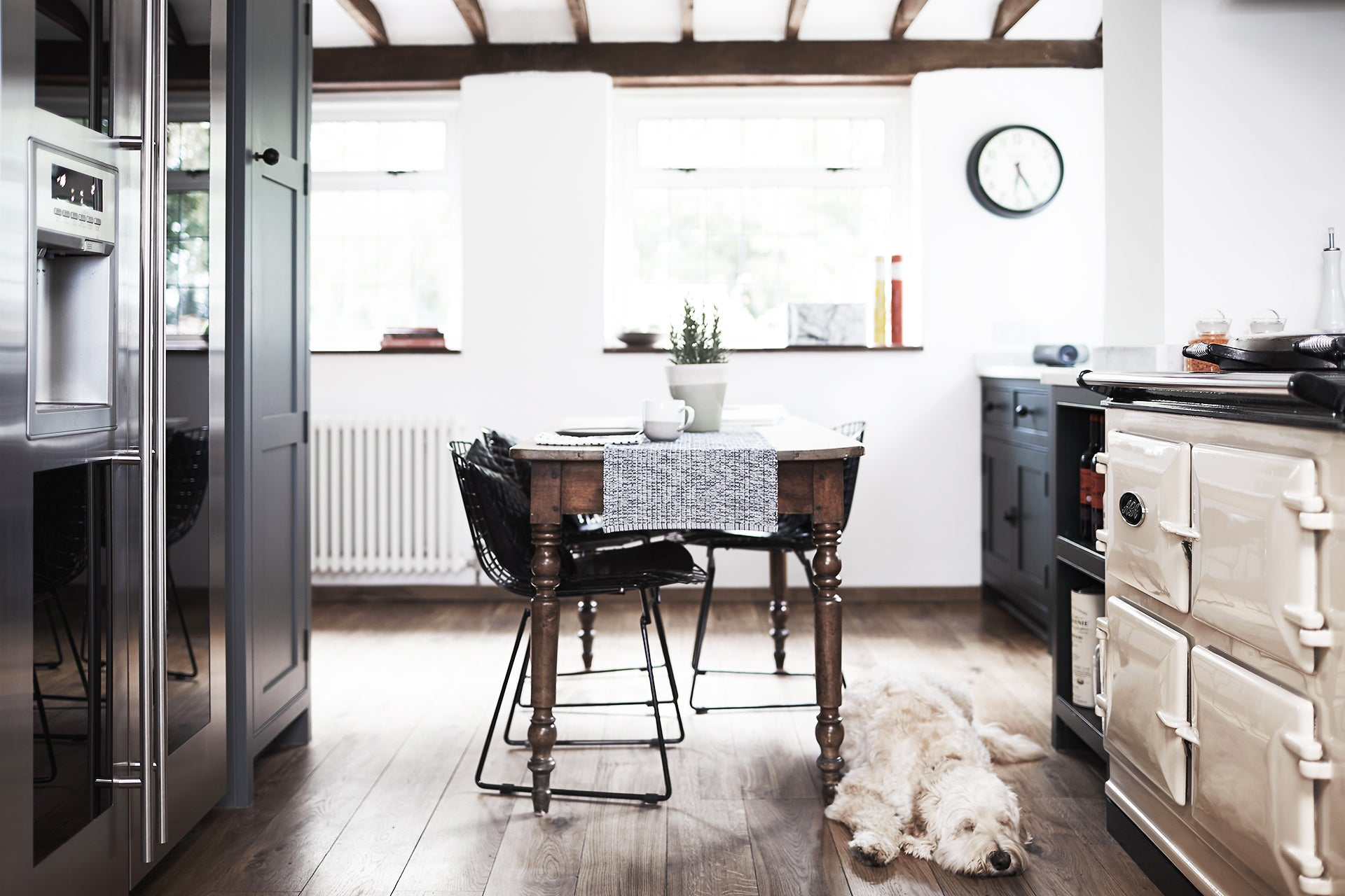 Thatched Cottage | Kitchen – Fawn Interior Design Hampshire