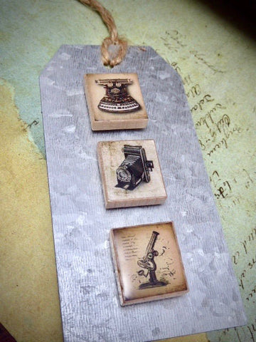 Magnet set - Recycled - Upcycled - Vintage scrabble tile Magnet Gift Set - by SteampunkJunq