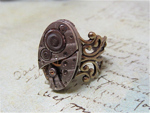 Steampunk ring - Ovoid - Steampunk jewelry made with real vintage watch parts