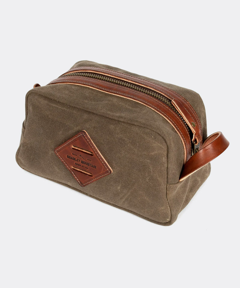Dopp Kit in Field Tan