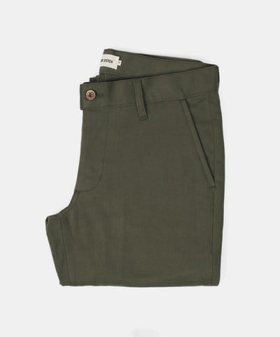 The Slim Chino in Olive