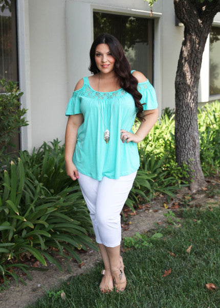 Rayna's Plus Size Style