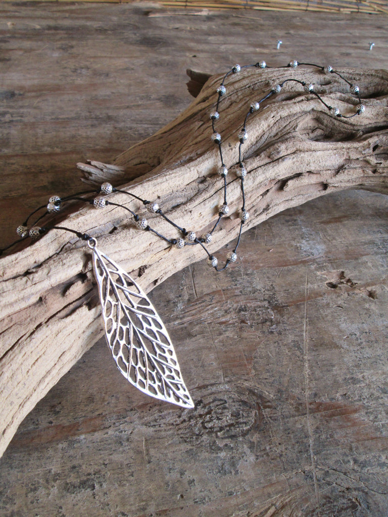 Webbed Leaf Alloy Necklace