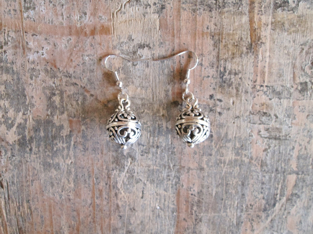 Alloy Filigree Ball Earring