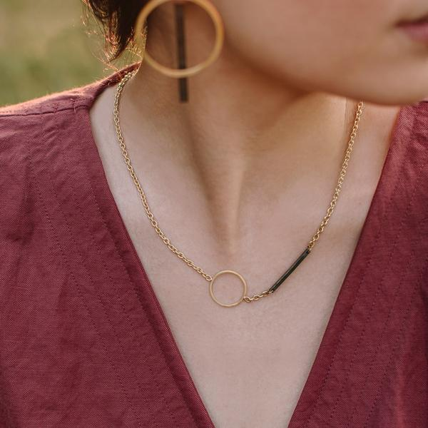 Minimalist Circle Choker Necklace