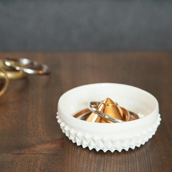 White & 22K Gold Ceramic Jewelry Dish