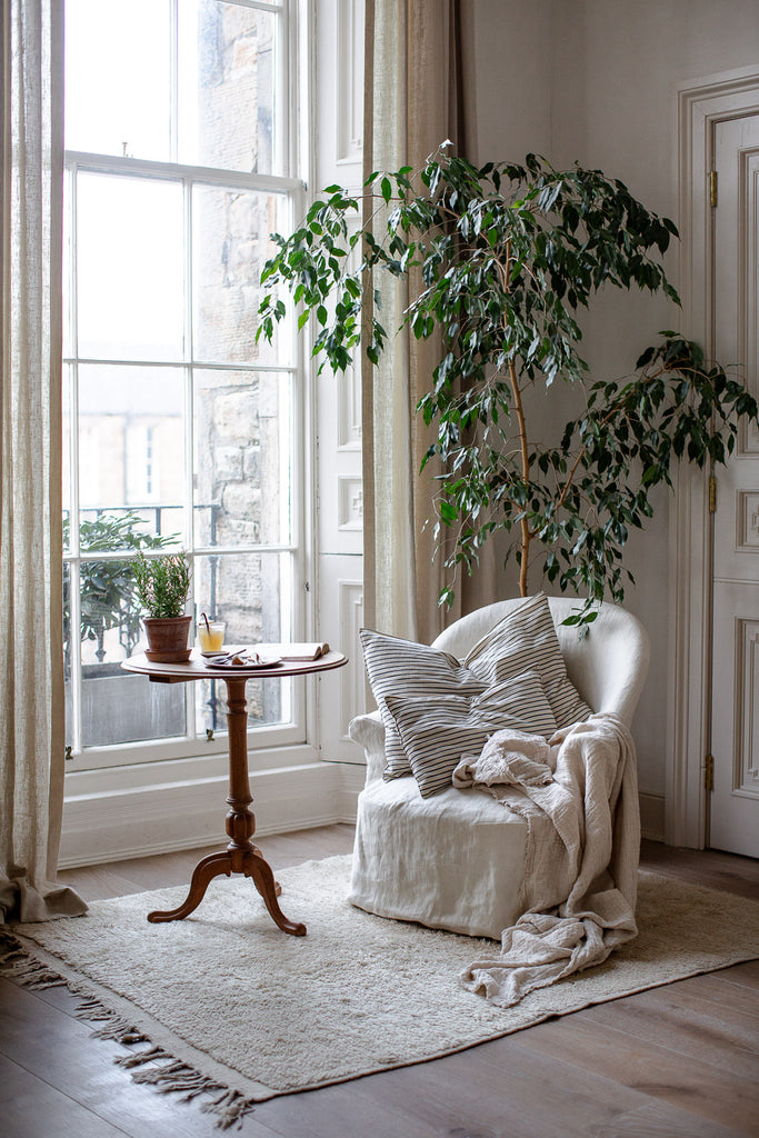 natural home decor with wool, linen and wood