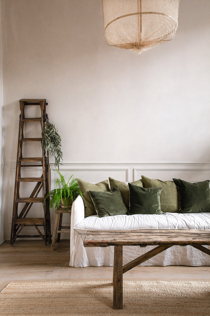 Home decorating with natural materials like linen and wood