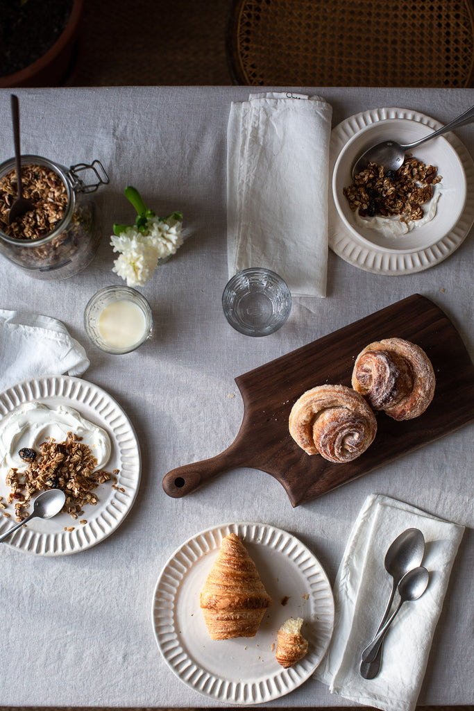 natural breakfast setting with linen