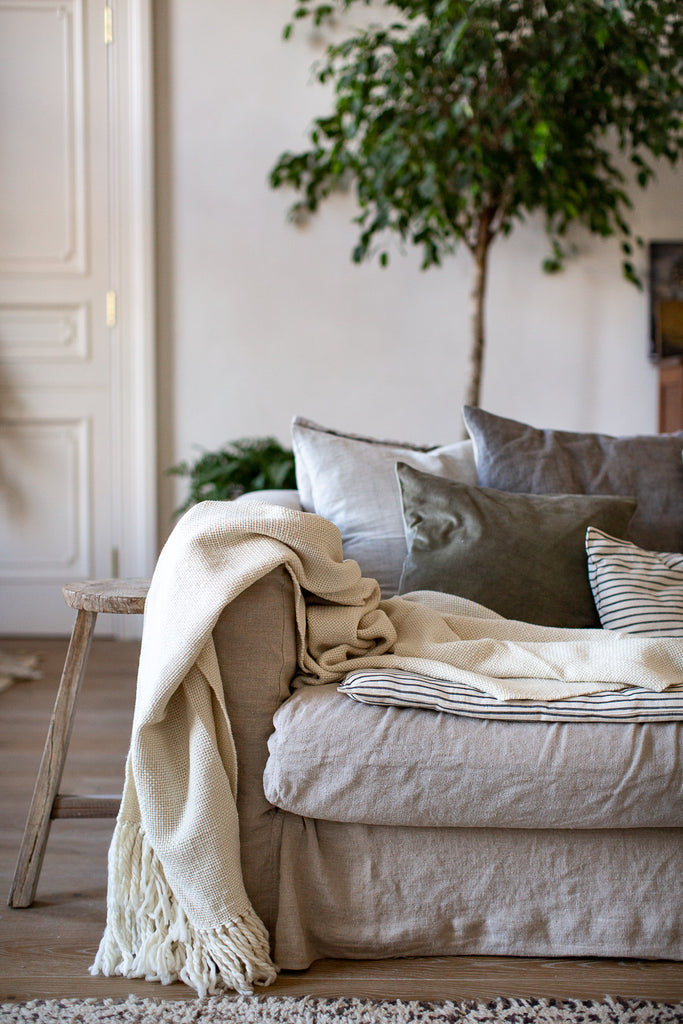 natural home decor with linen, wool and natural materials
