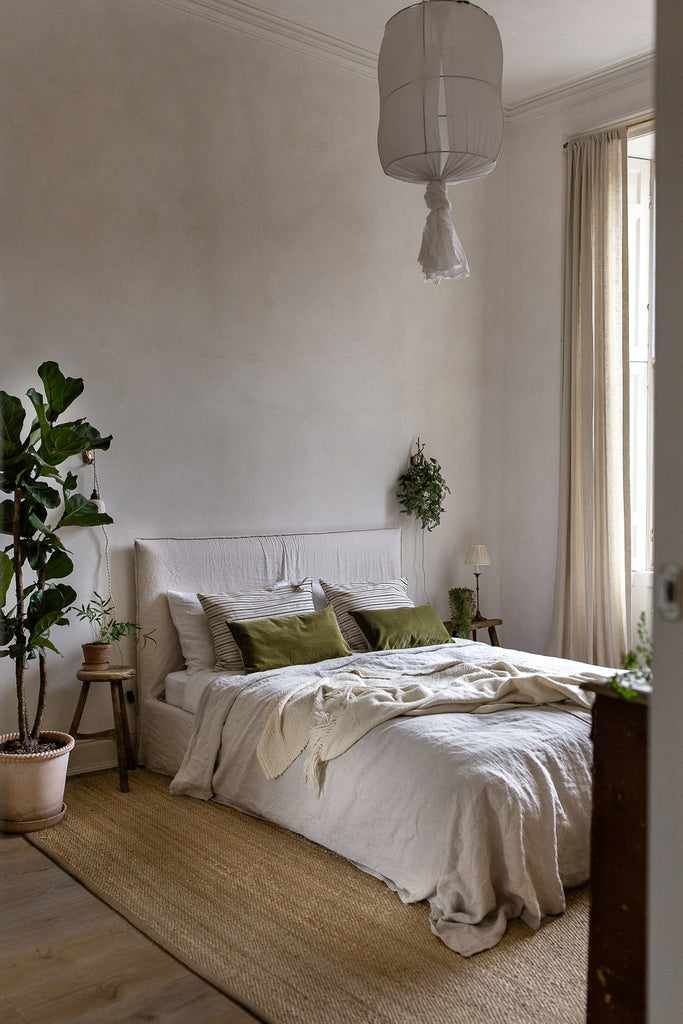 calming natural bedroom decor ideas for slow living